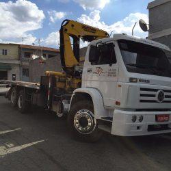 Caminhão 2011 e  Munck 2011- 40 Toneladas