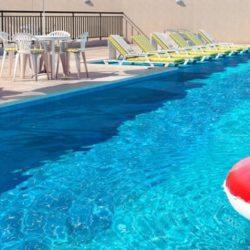 Mérito Tiquatira piscina