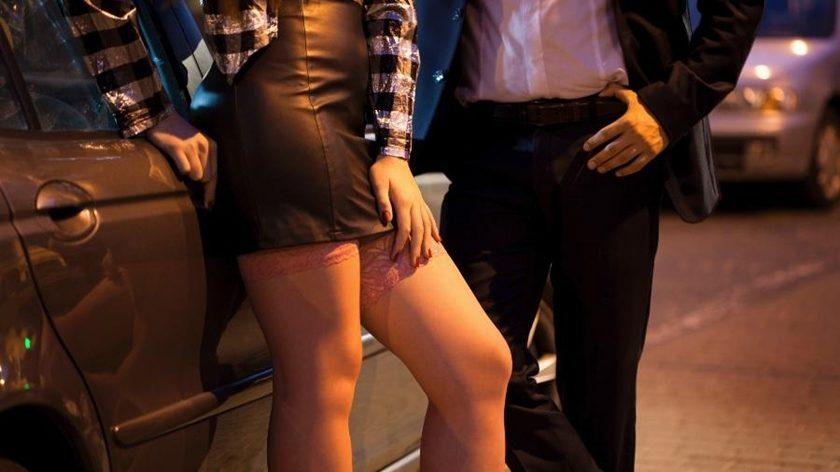 prostituta-prostituicao-1455215638854_v2_900x506-840x472