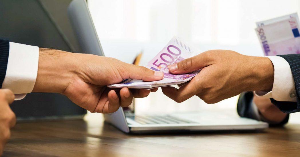 Empréstimos-particulares
