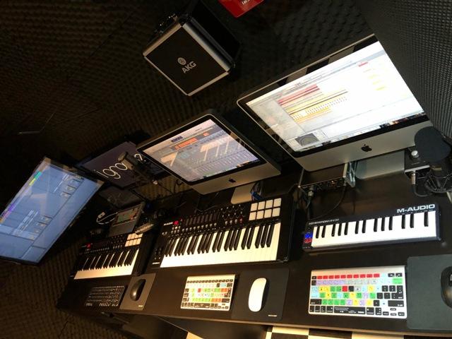 05 BeatMaker Curso de DJ e Producão Musical RJ Rio de Janeiro Leblon Ipanema Barra da Tijuca Recreio Urca Botafogo Ableton Logic Pro  FL studio