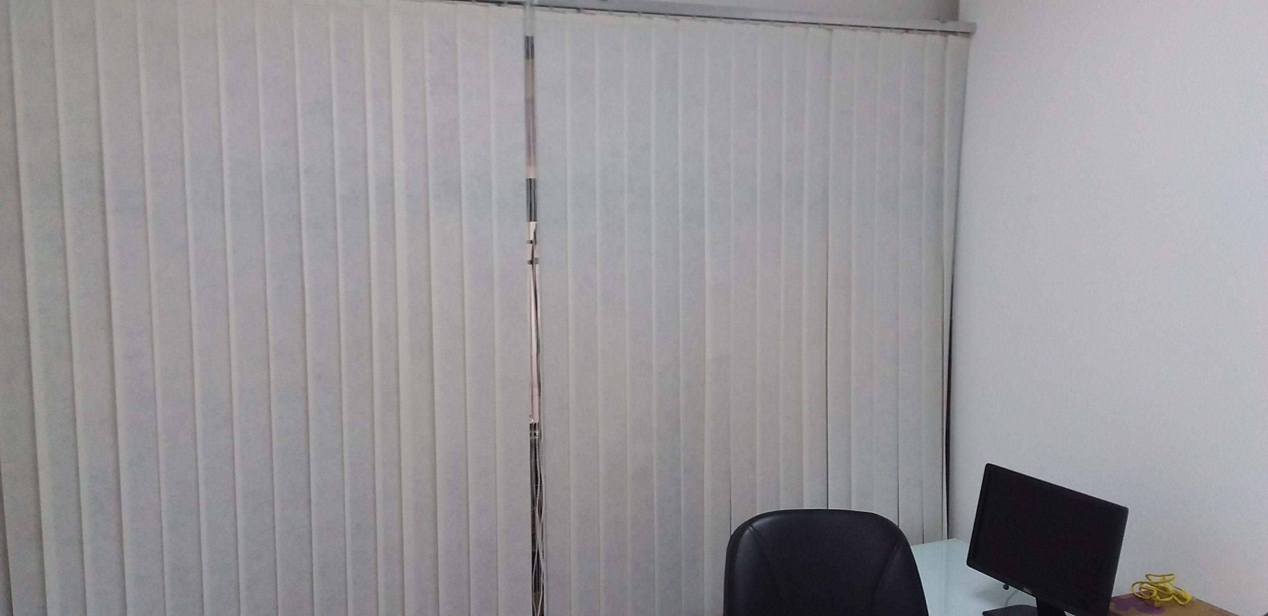 tecido vertical branca